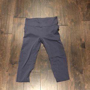 Lululemon Purple Spandex Cropped Pants